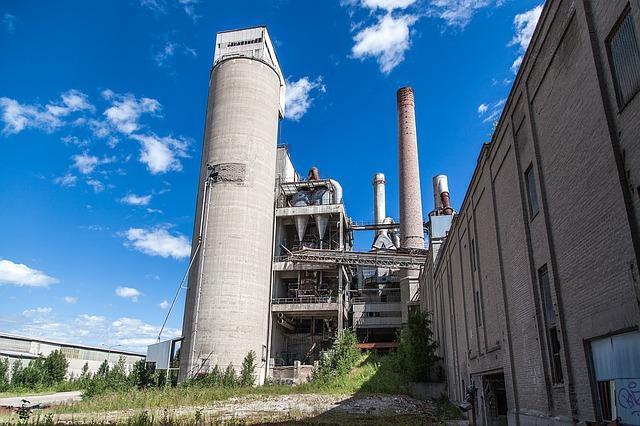 заброшенный завод, на открытом воздухе, заброшенный